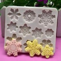 Baking Molds Cake Decorating Tools Silicone Mold Christmas Snowflake Cake - $9.99