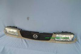 93-94 Nissan Tsuru Sunny Sentra B13 Headlights Head Light Lamps Set L&R w/ Grill image 4