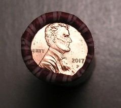 "2017 P LINCOLN SHIELD CENT UNC. HEAD/TAIL BANK ROLL W/ ""P"" MINT MARK ON ... - $3.50"
