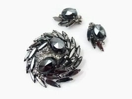 Juliana D&E Brooch Clip Earrings Hematite Rhinestone Verified Set Vintage - €42,34 EUR