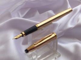 Cross CENTURY II 14 kt rolled gold filled fountain pen Medium NIB - $295.07