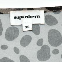 Superdown Women's Madeline Gray Spotted Deep V-Neck Surplice Blouse Size XS image 4