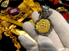 Colombia 1622 Pure Gold Coin W Ship & Octopus Atocha Pendant Jewelry Necklace - $1,088.00