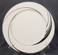 Block White Pearl Dinner Plates Spal Jewels Black Swirls Jack Prince Portugal image 1