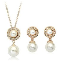 ROMANTIC LOVE GIFT Gold Plated Crystal Two White Pearls Bridal - $58.98