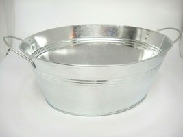 """Metal Oval Small Wash Tub Planter Fixed Handles 12.5 x 9.5"""" Beverages Light - $12.86"""