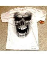 Fruit of the Loom White Graphic T-Shirt Goth Grimming Skull Large 42-44 - $15.79