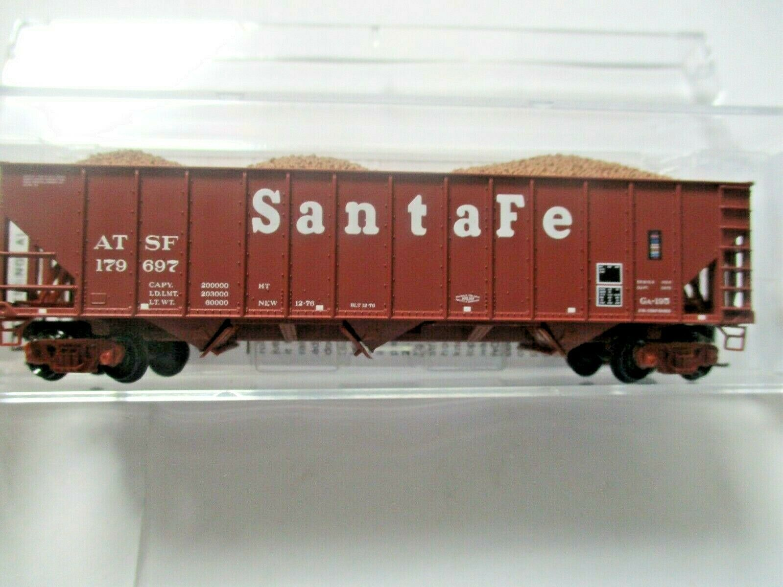 Micro-Trains # 10800124 Atchison, Topeka & Santa Fe 100 Ton 3-Bay Hopper N-Scale