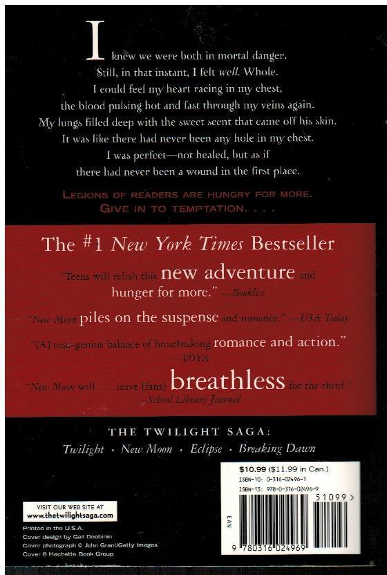 New Moon by Stephenie Meyer Twilight Series Book 2 Paperback