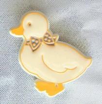 Charming Hallmark Duck Brooch 1980s Vintage - $12.30