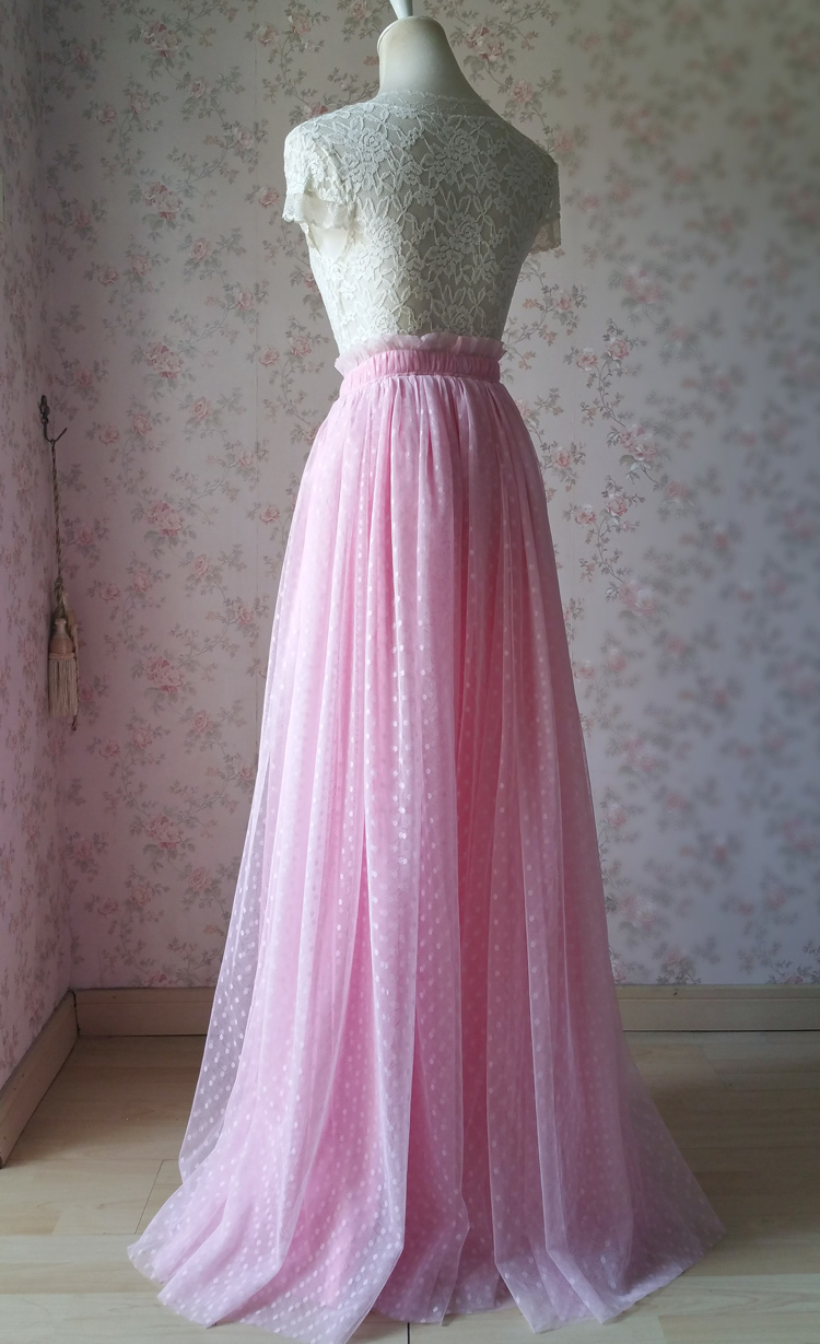 Pink tulle skirt dot 750 04