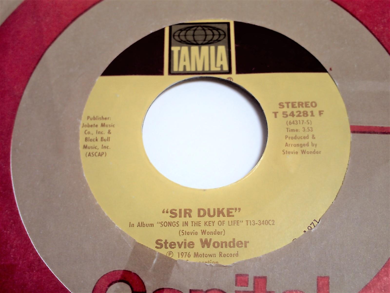 Stevie Wonder Sir Duke b/w He's Misstra Know-It-All 45 image 2