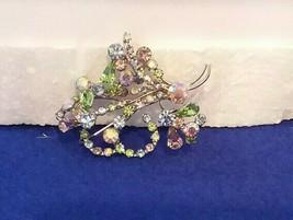 High Quality Vintage Silvertone Austrian Crystal Rhinestone BROOCH,1960s Signed - $19.99