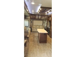 2017 DRV MOBILE SUITES AIRE 40 For Sale In Grant Park, IL 60940 image 5