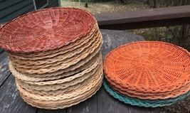 22 Vtg Paper Plate Woven  Wicker Holders Outdoor Picnic Cookout Rv BBQ C... - $21.77