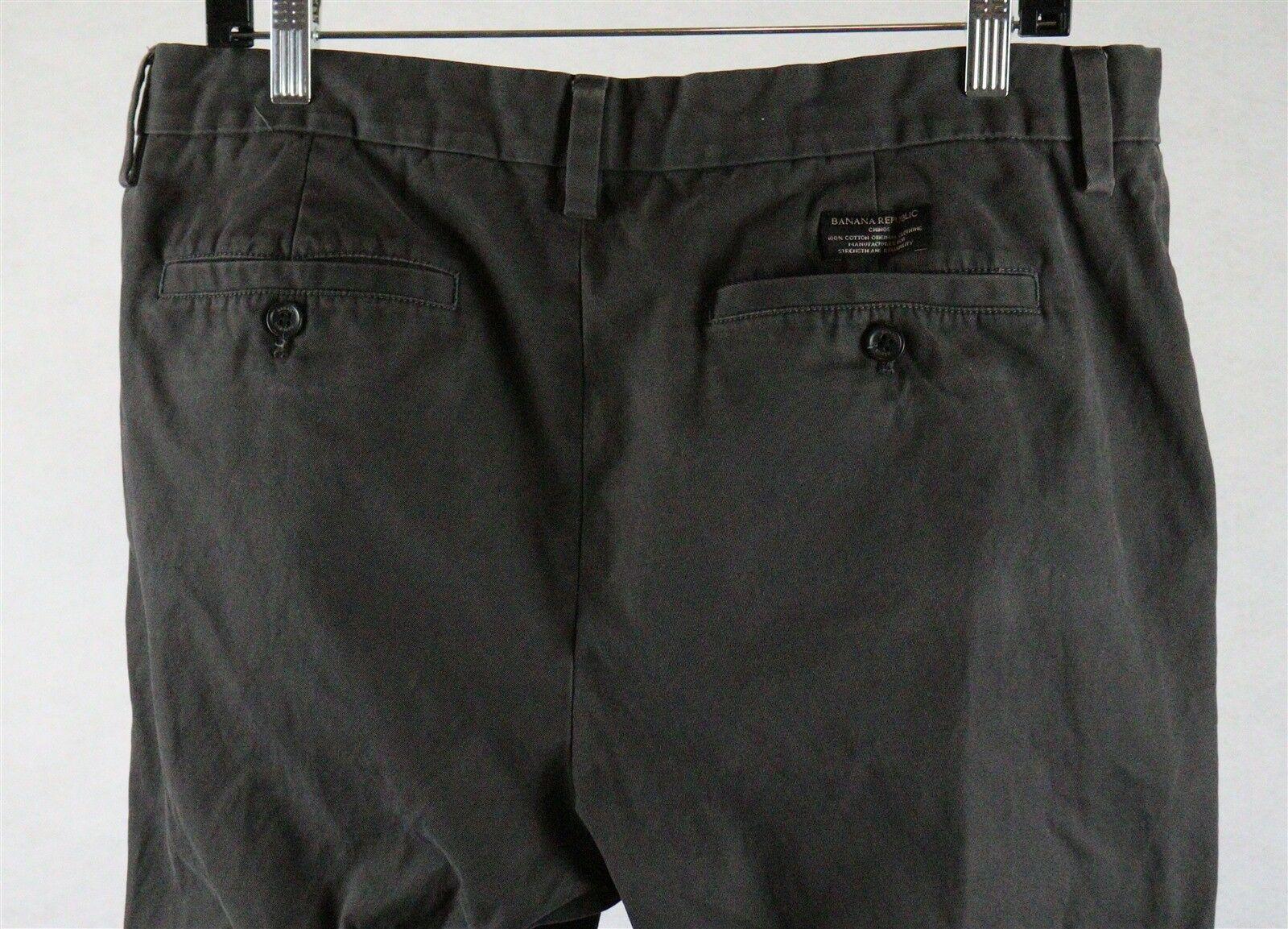 Banana Republic Mens Emerson Chino Pants Tag Size 34 x 34, Measures 34 x 32