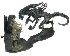 Aliens Queen Box Set  New Sealed HTF Rare Last one in Stock - $294.53
