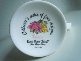 Royal Bone Mug Roses Collectors Series image 3