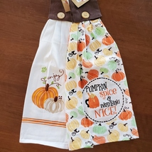 Kitchen Tie Towels, set of 2, Pumpkin Spice design, fall kitchen decor tea towel