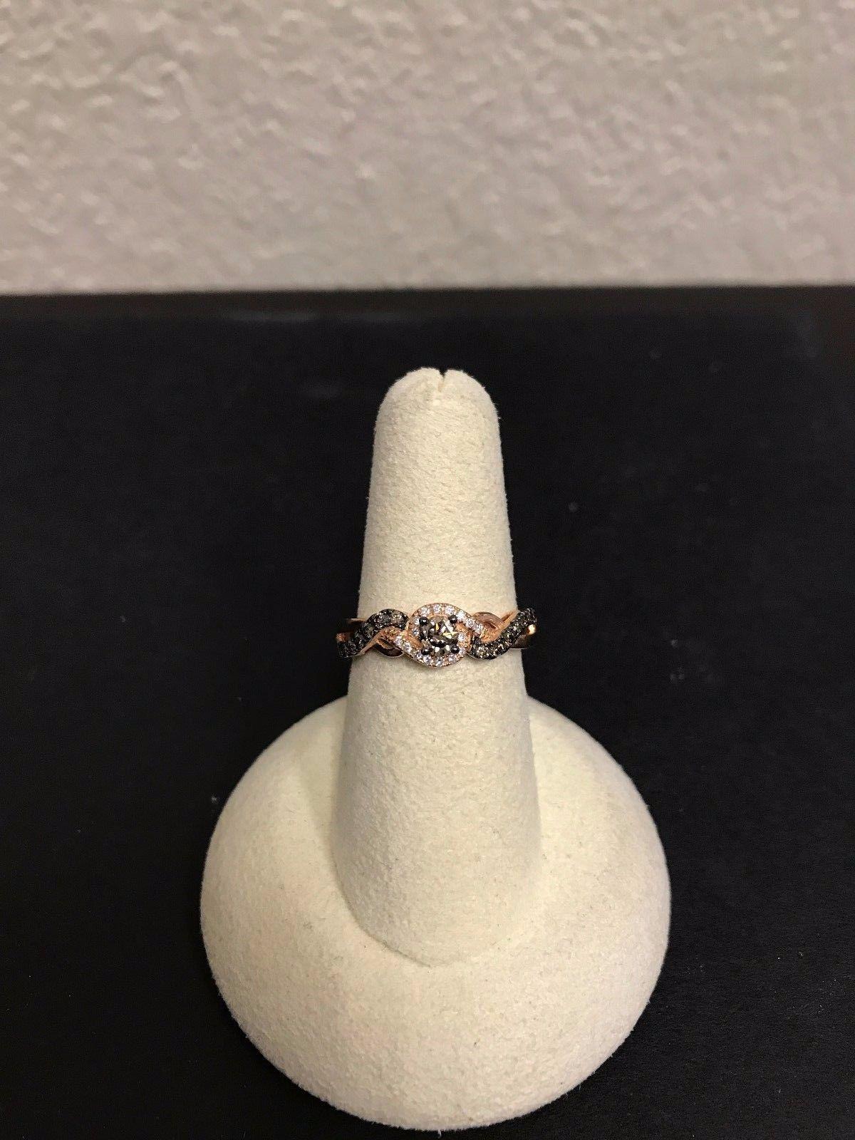New Le Vian  WIZD 5 14kt  Rose Gold  Diamond Ring From Chocolatier Collection