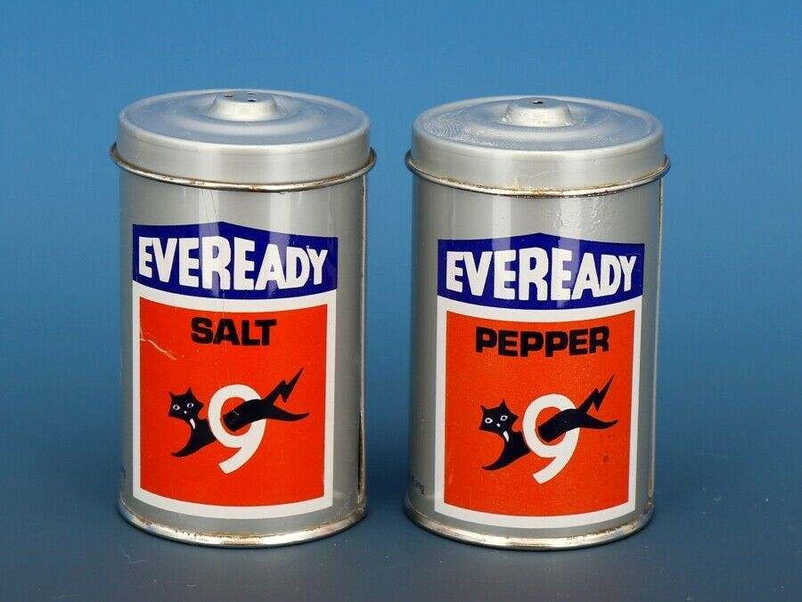 Vintage Novelty Salt & Pepper Shaker Set Hong Hong Metal EVEREADY Batteries