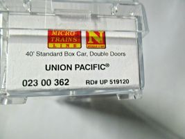 Micro-Trains # 02300362 Union Pacific 40' Standard Boxcar Double Doors N-Scale image 5