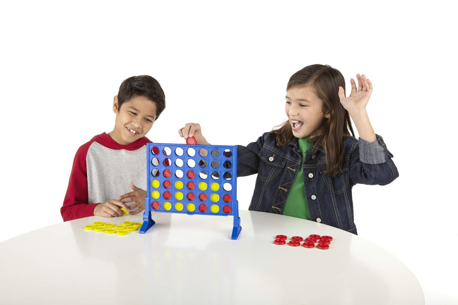 Hasbro Connect 4 Game image 3