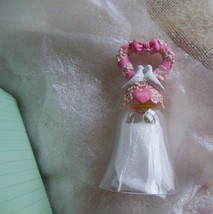 1992 Avon Hearts & Flowers Crystal Bell 2 Doves  - $19.79