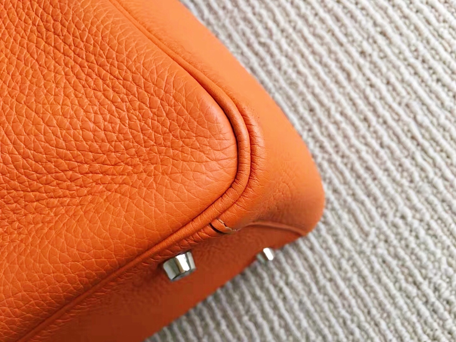 100% Authentic HERMES Taurillon Clemence Lindy 34 ORANGE Shoulder Bag PHW image 7