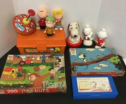 Vintage 1980's Retro Snoopy Toy Collection Peanuts Charlie Brown Lot - $46.47