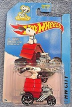2015 Hot Wheels #59/250 HW CITY-Tooned Peanuts SNOOPY Red w/OH5 Spoke 1:64 scale - $7.50