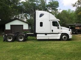 2011 Freightliner 125SLP For Sale in Conroe, Texas 77385 image 1