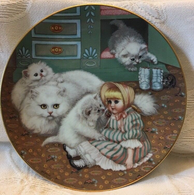 "COUNTRY KITTIES ""CAPTIVE AUDIENCE""             THE HAMILTON COLLECTION 1988"