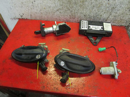 99 saab 9-3 TWICE control module 5040506 ignition switch & locks 4946307 - $272.24