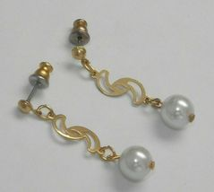 """Vintage new old stock 70's gold tone faux pearl bead dangle earrings 1 3/8"""" - £7.85 GBP"""