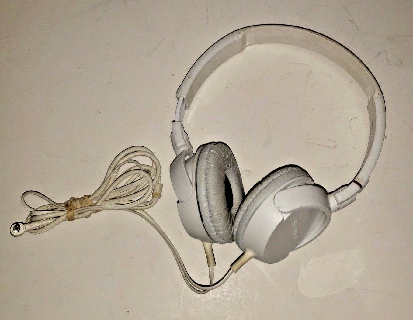 Sony White Wired  Headphones..Tested..Sound Great image 2