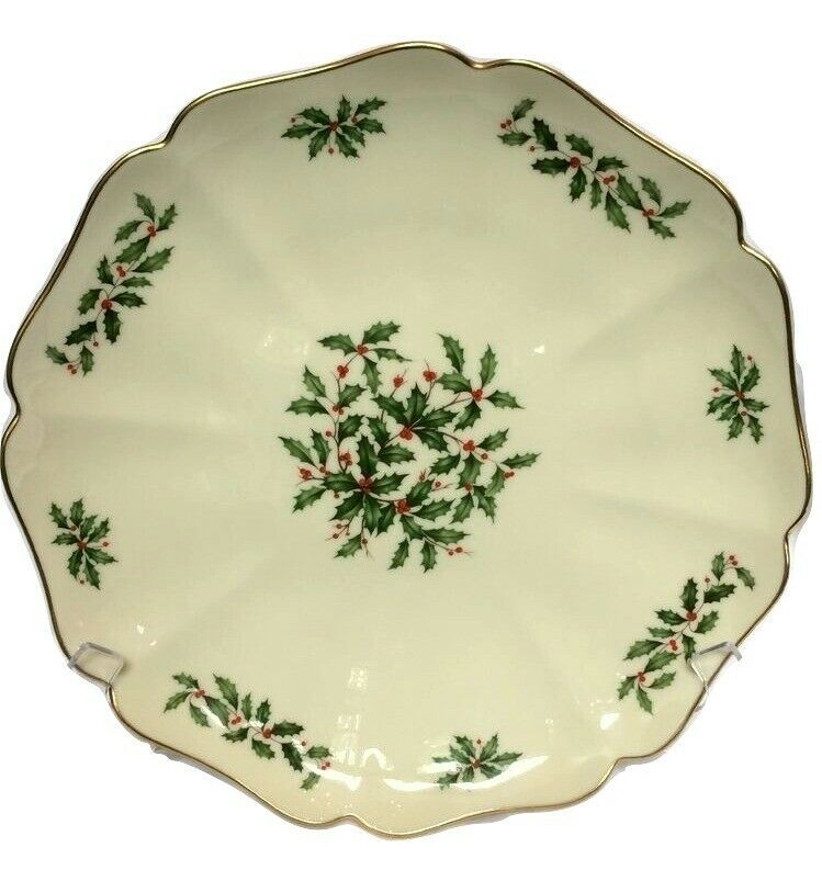 """Lenox Holiday China, Gourmet 12"""" Holly Berry Scallop Platter"""