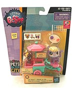 Hasbro Littlest Pet Shop Pets in the City #224 #225 New - $24.60
