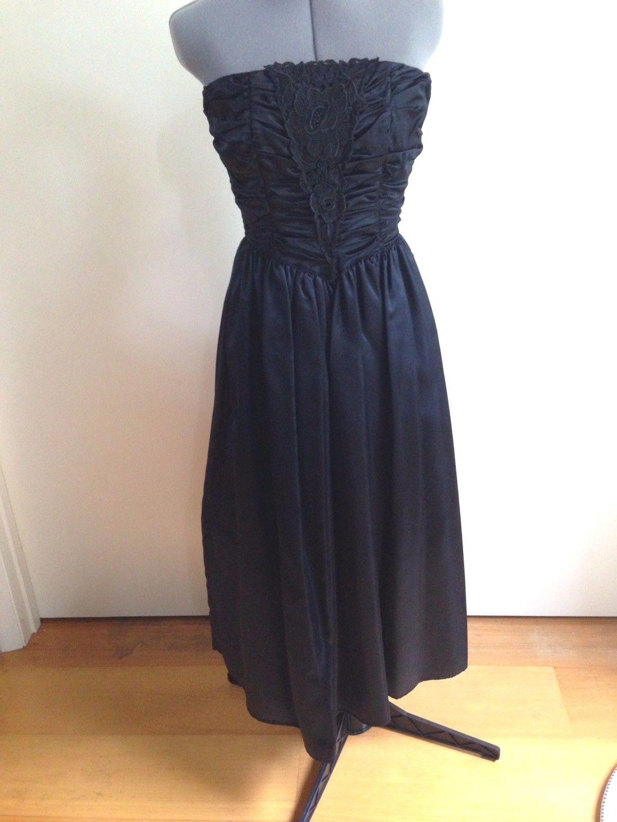 e3fd1d4e16d 57. 57. Previous. Vintage Gunne Sax by Jessica McClintock Black Satin  Strapless Corset Dress Jr 7. Vintage ...