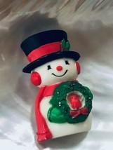 Vintage Hallmark Cards Marked Plastic Snowman w Christmas Wreath & Cardinal Pin - $9.49
