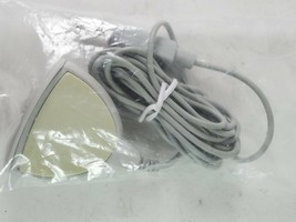 White Long Cable Portable Speaker - $14.25 CAD