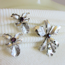 Vintage Bugbee Niles Prestige BN Rhinestone Orchid Pin Earring Silver Plate - $26.99
