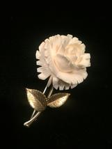 Vintage Krementz rose and gold leaves brooch and screw back earrings image 2