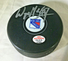WAYNE GRETZKY / AUTOGRAPHED NEW YORK RANGERS LOGO OFFICIAL NHL HOCKEY PUCK / COA image 1