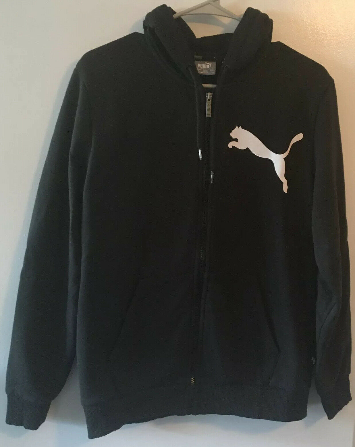 Primary image for Puma Mens Black Hooded Sweatshirt size Small