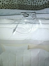 """White Solid Down Alternative Comforter Full/Queen Made by Design 90"""" x 94"""" SEAL  image 2"""