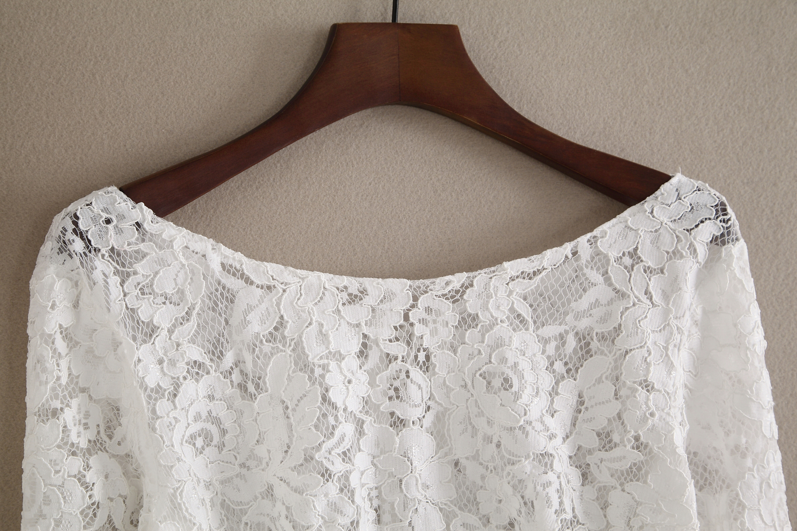Off shoulder lace 2