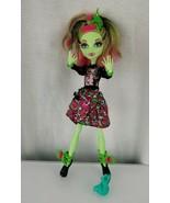 Monster High Gloom and Bloom Venus McFlytrap Daughter of the Plant Monster - $32.66
