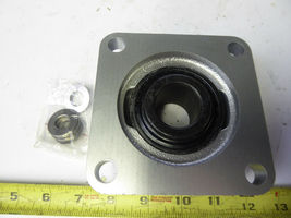 "SealMaster SF-20C CR Flange-Mount Ball Bearing Unit Four-Bolt  1-1/4"" 723541 image 3"