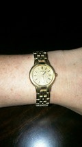 SEIKO Women's Gold Toned Stainless Steel Water Resistant Watch Needs Bat... - $14.35